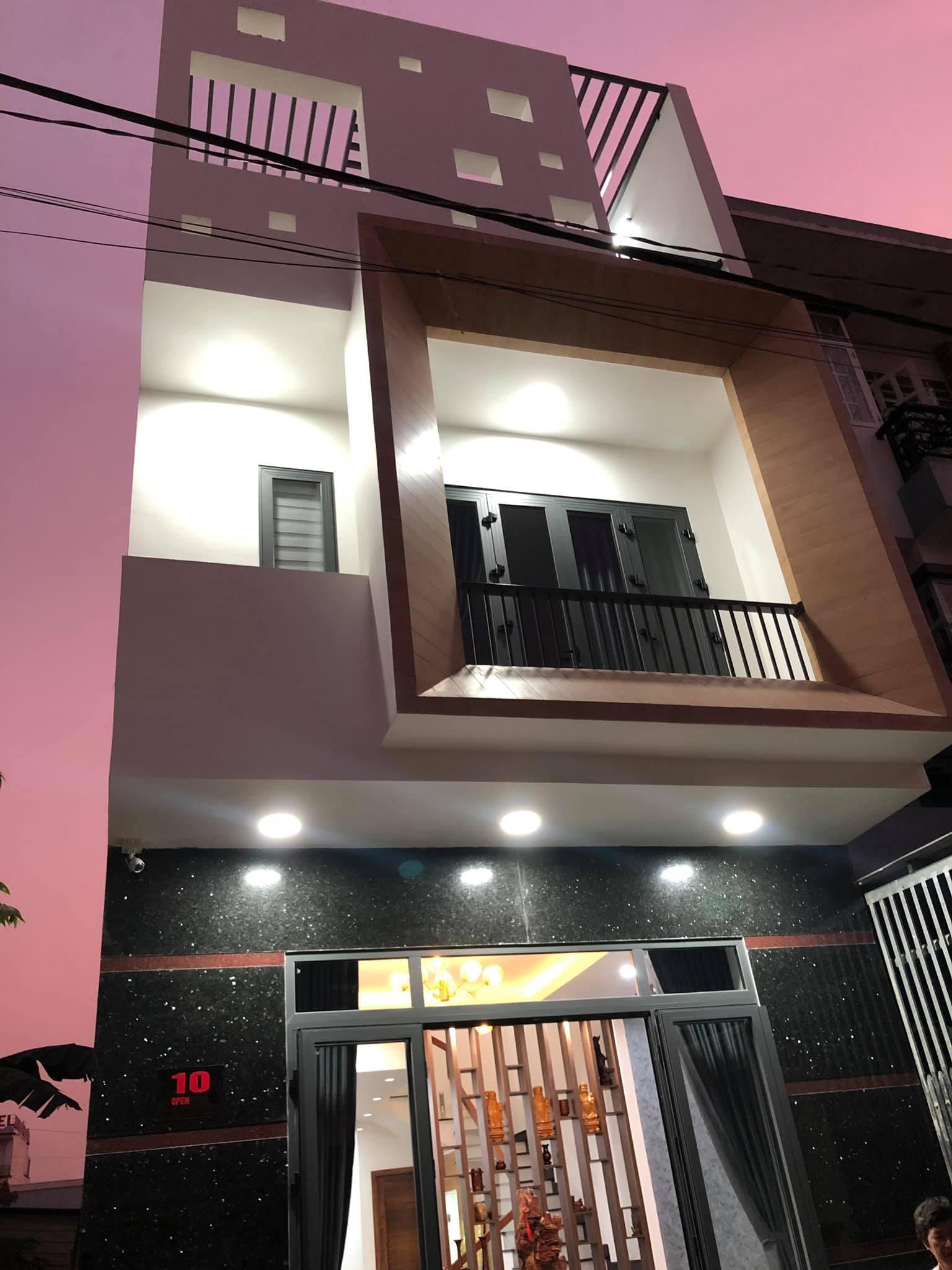 nhà phố 3 tầng Thủ Dầu Một